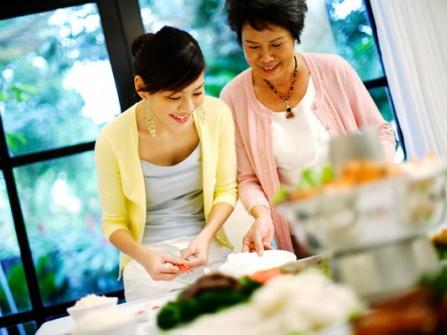 5 bí quyết để bạn hóa giải mâu thuẫn với mẹ chồng