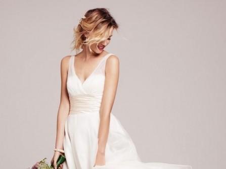 Váy cưới cho cô dâu dáng gầy
