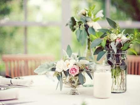 15 phong cách trang trí tiệc cưới đơn giản tiết kiệm