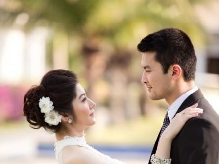 10 mẹo nhỏ để tạo dáng tự nhiên khi chụp ảnh cưới