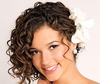 Top 10 kiểu tóc đẹp cho đám cưới 2013