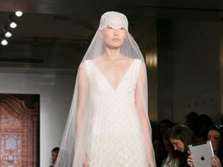 Voan cưới dài cho cô dâu sành điệu