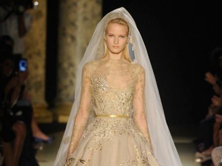 Sang trọng áo cưới vàng đồng