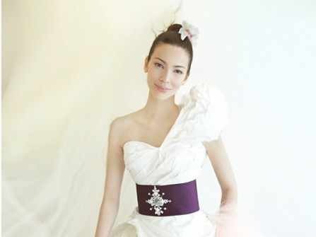 Áo cưới mang vẻ đẹp của hồng hạc