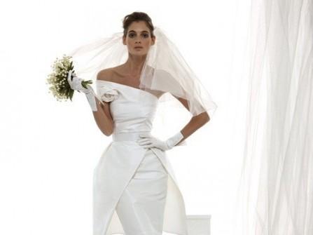 Thanh lịch với áo cưới satin