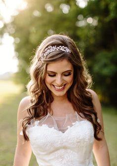 3 kiểu tóc cưới cho cô dâu mặt chữ điền