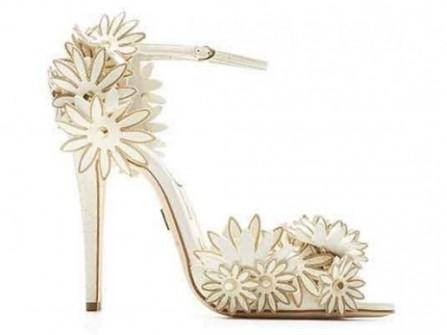 Lung linh giày cưới đẹp cho cô dâu