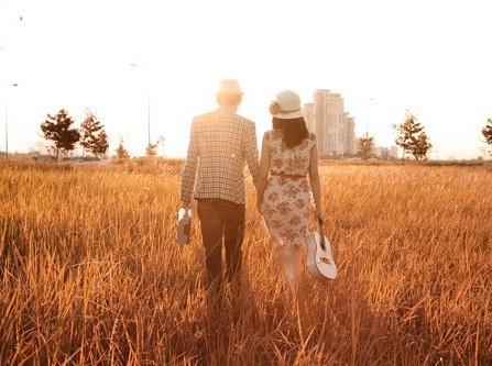 Album ảnh cưới: Mùa thu về trên yêu thương