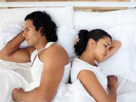 52% chú rể say rượu và ngủ trong đêm tân hôn