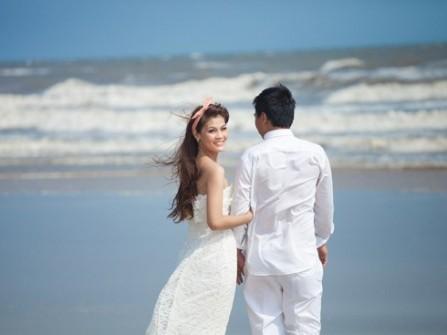 Để chụp hình cưới đẹp tại biển Hồ Cốc