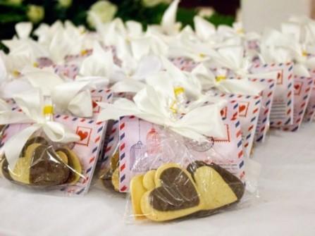 Tự chuẩn bị trong đám cưới: Nên và không nên