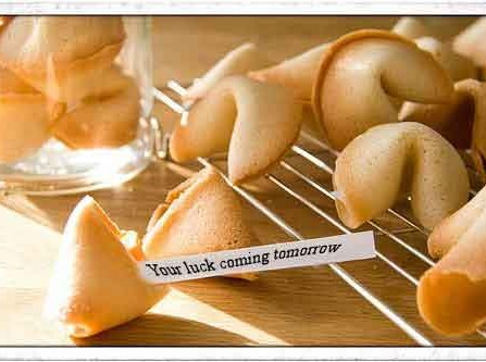 Bánh may mắn - Quà tặng cảm ơn khách mời đám cưới