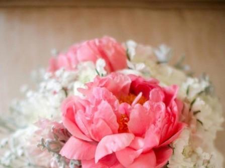 Hoa cưới cầm tay màu hồng số 8