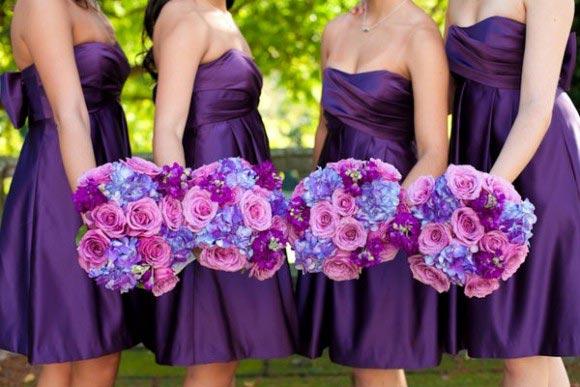 Hoa cưới cầm tay màu tím số 12