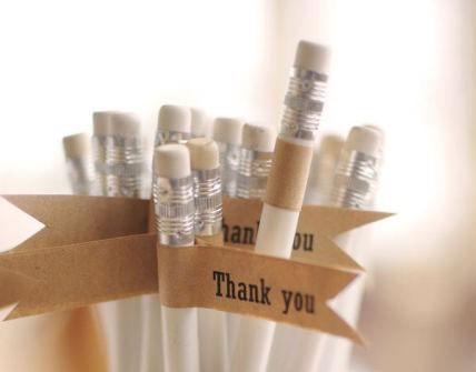 Quà cảm ơn khách mời đám cưới: bút chì