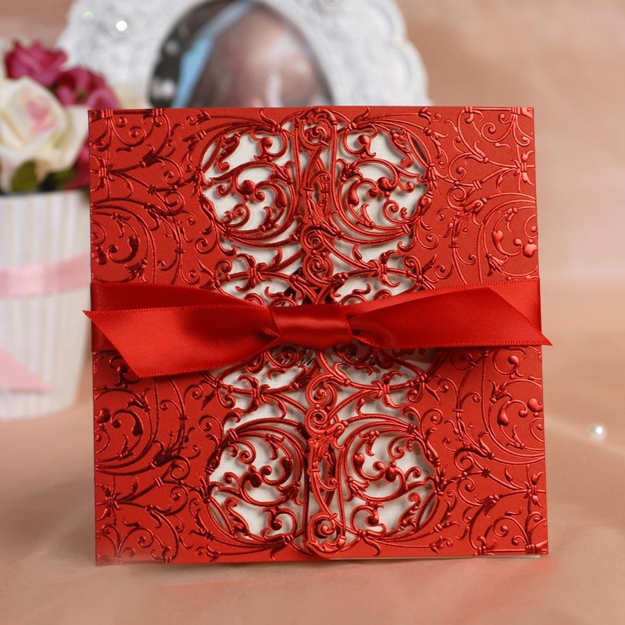 Thiệp cưới đẹp màu đỏ kết hợp nơ ruy băng đỏ