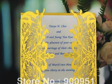 Thiệp cưới đẹp màu vàng kiểu cắt giấy cầu kỳ