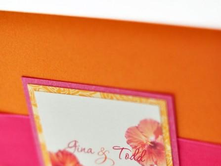 Thiệp cưới đẹp màu cam phối hồng cánh sen