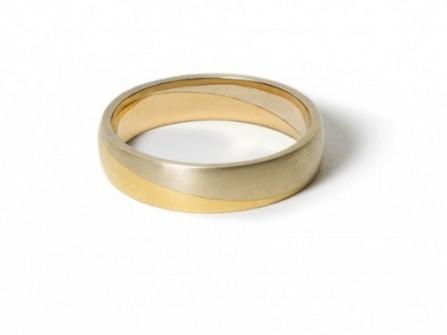 Nhẫn cưới trơn pha trộn chất liệu