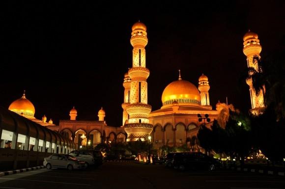 Đền thờ Jame Assr Hassanil Bolikah về đêm