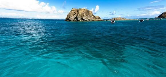 Làn nước trong xanh của biển Caribbean