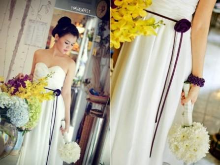 Váy phụ dâu cúp ngực có thắt lưng hoa mảnh