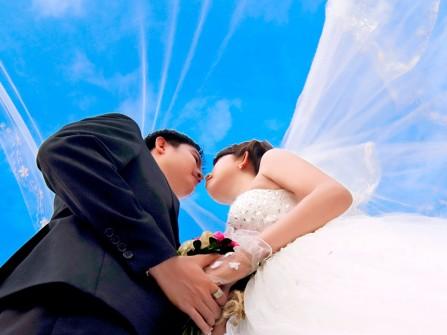 Lê Hoàng Wedding