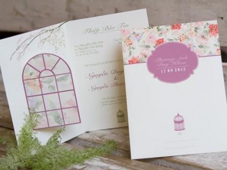 Thiệp cưới đẹp in hoa văn trang nhã