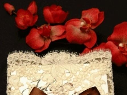 Thiệp cưới đẹp bìa ren sang trọng