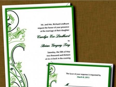Thiệp cưới đẹp màu xanh lá hoa văn uốn lượn