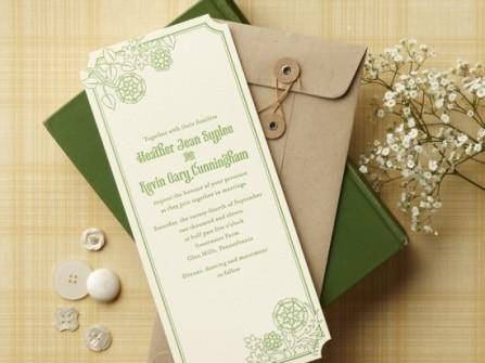 Thiệp cưới đẹp màu xanh lá với thiết kế bì thư