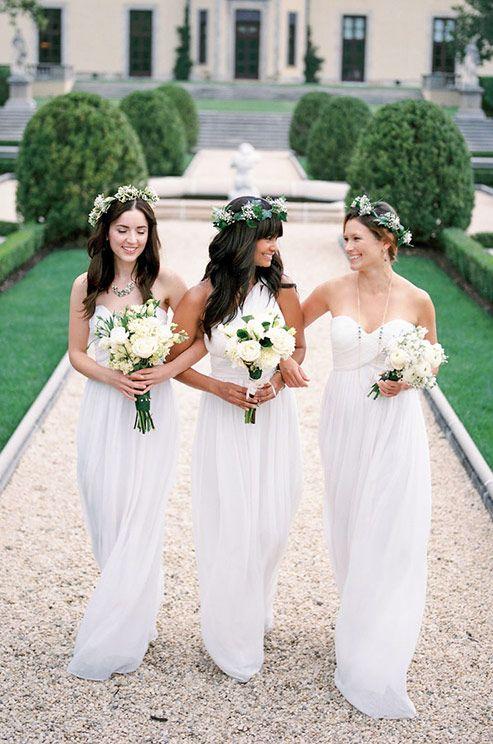 Váy phụ dâu màu trắng cúp ngực dáng dài