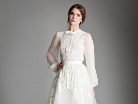 Áo cưới chữ A cổ điển, thanh lịch