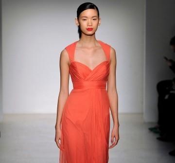 Áo cưới màu cam dáng cổ điển