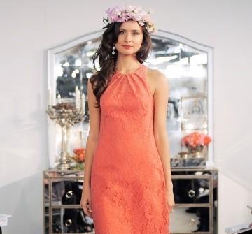 Áo cưới màu cam ngắn hở tay