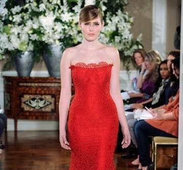 Áo cưới màu đỏ đuôi cá