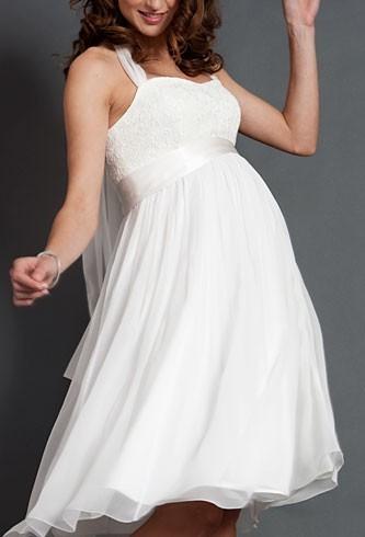 Váy cưới ngắn cúp ngực ren cho cô dâu bầu