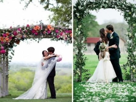 Cổng hoa cưới kết hoa tươi phong cách tự nhiên