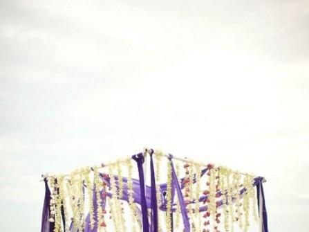 Cổng hoa cưới lụa tím lãng mạn
