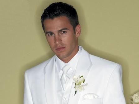 Vest chú rể màu trắng, cổ điển