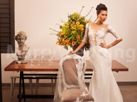 Váy cưới ren đuôi cá của Trương Thanh Hải