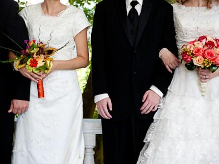 Tổ chức đám cưới cùng bạn thân