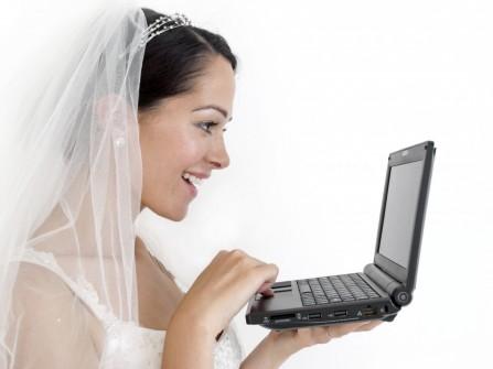 Những cách Facebook có thể ảnh hưởng đến đám cưới của bạn