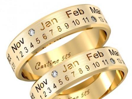 Nhẫn cưới vàng khắc và đính đá ngày cưới