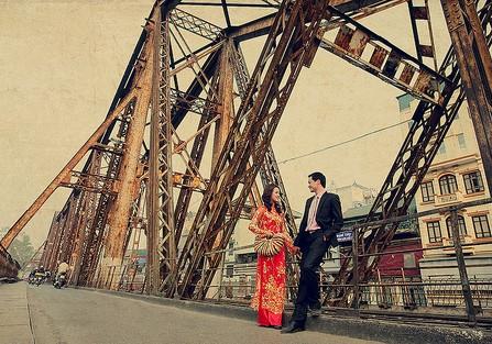 Địa điểm chụp ảnh cưới - Cầu Long Biên, Hà Nội