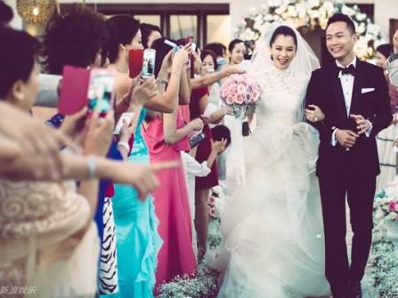 Đám cưới lãng mạn tại Bali của Từ Nhược Tuyên