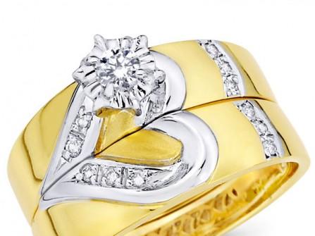 Nhẫn cưới vàng ghép hình trái tim kết hạt đá tinh xảo
