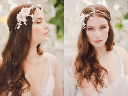 Tóc cưới xõa uốn lọn kết hợp cài tóc trắng