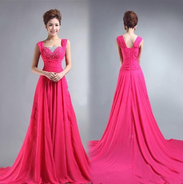 Váy cưới màu hồng cánh sen dáng xòe cúp ngực