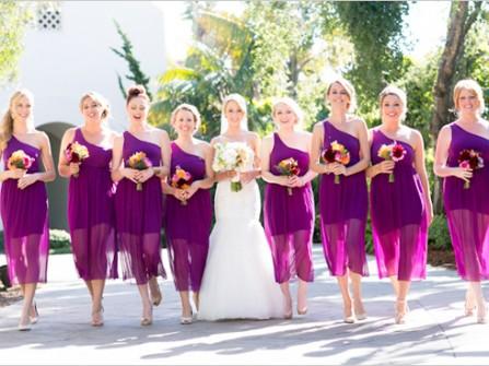 Váy phụ dâu màu tím lệch vai chất voan quyến rũ